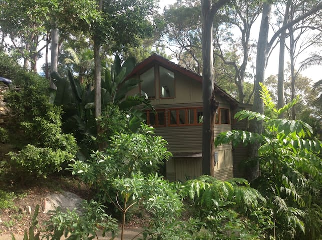 Newly built & fully furnished 3 story guest quarters - Avalon Beach - Daire