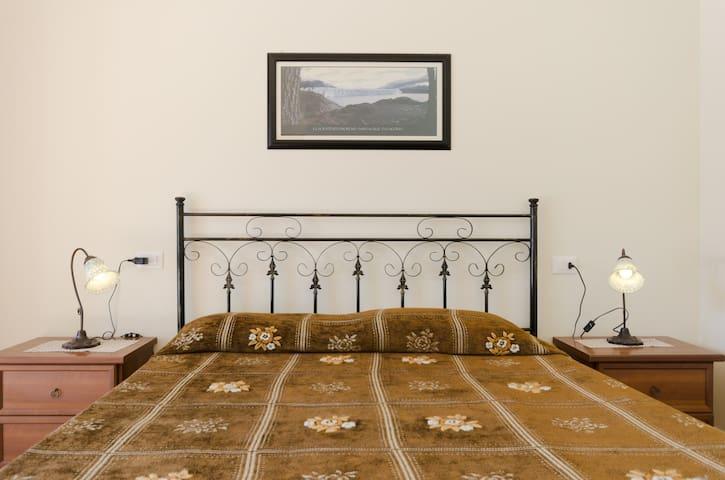 Majella House, Room Morrone - Roccacaramanico - Huis