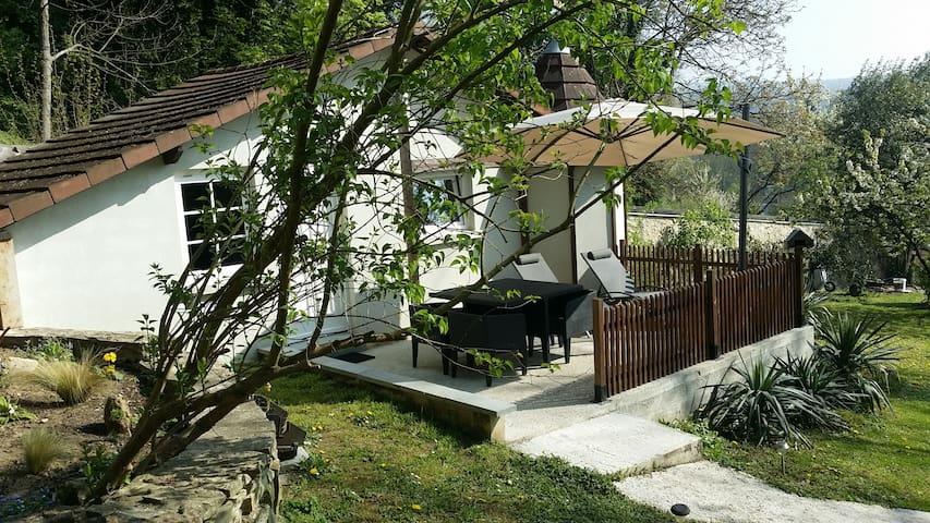 Gite et salon de massage bien-être - Presles - Huis