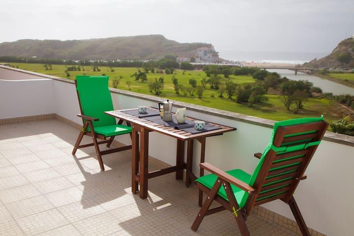 By the beach, big terrace, family + - Lisboa - Apartment
