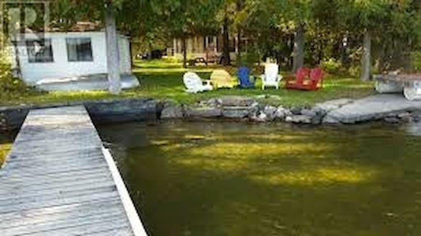 Beautiful Balsam Lake Retreat - Kirkfield - Cabaña