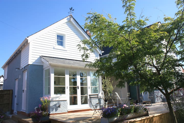 Beautiful New England style self contained annexe - 切爾滕納姆 - 公寓