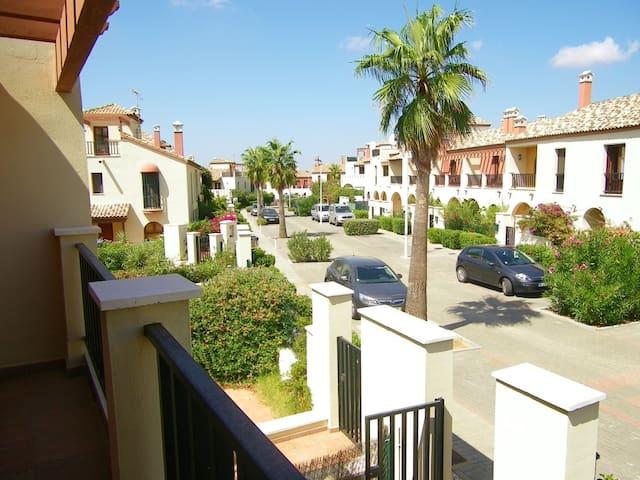Ayamonte Costa Esuri Golf sunny Townhouse - Ayamonte - Şehir evi