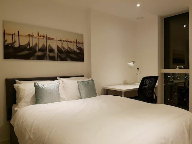 Modern 1 Bedroom Apartment - Croydon - Leilighet