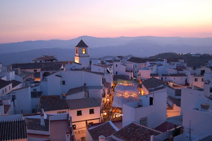 Espacio en plena axarquía de Málaga - Canillas de Aceituno - Departamento