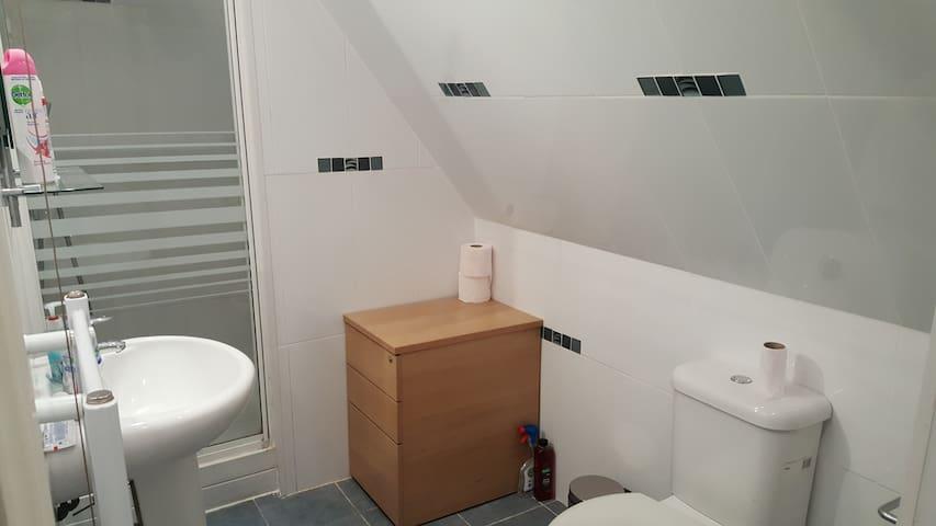 1 Bed Terrace Apartment - Dartford - Leilighet