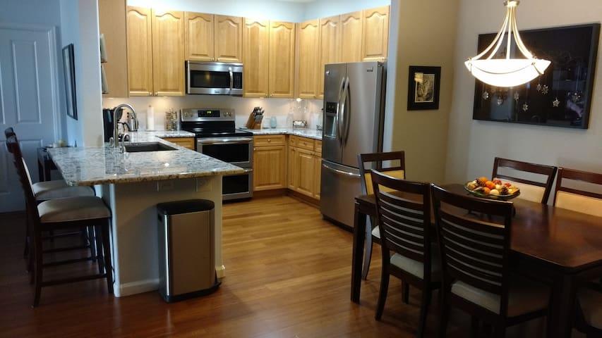 Great value in our cozy clean condo - Littleton - Condo
