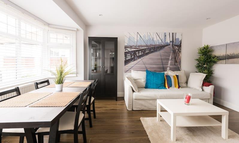 Beautiful New Apartment - Edgware