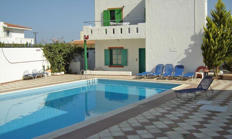 SUMMER HOUSE TO RENT - CRETA - Iraklio - Villa