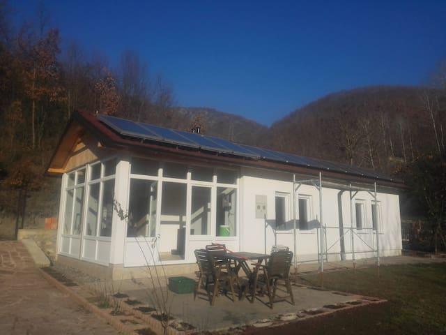 Karadaku Guest House in Kosovo - Hus
