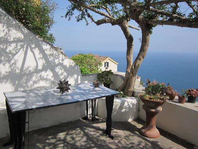 Il Piliero, a window over the sea - Raito - Casa