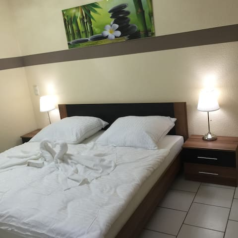 Boulevard Apartment - Raunheim - Apartemen