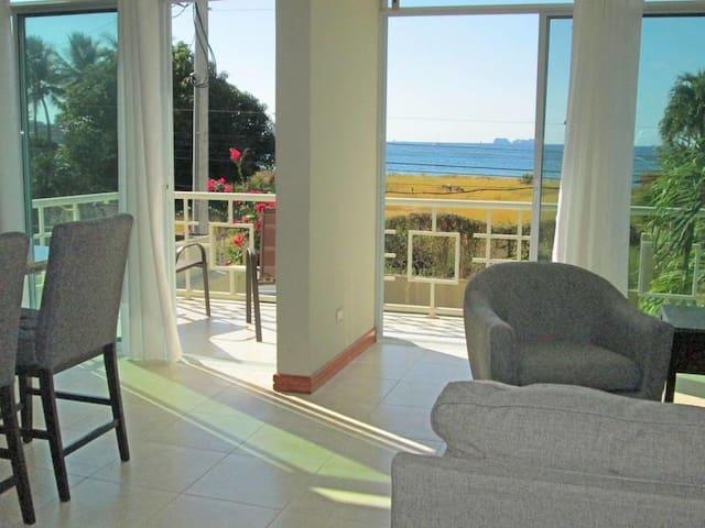 Suenos del Mar #4, beach 100 ft away, ocean view! - Potrero