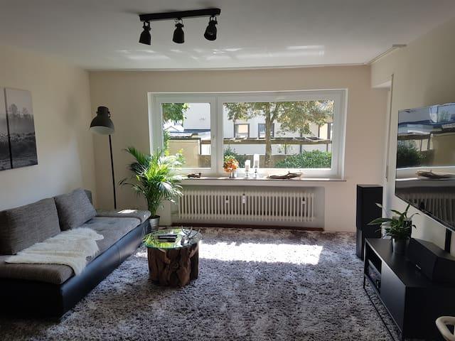 Cozy flat with balcony in Friedrichshafen - Friedrichshafen - Leilighet