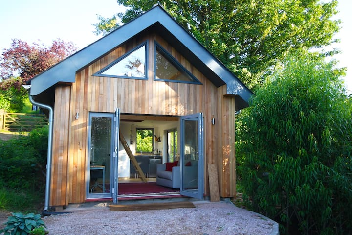 Beautiful contemporary cabin with stunning views - Totnes - Cabaña