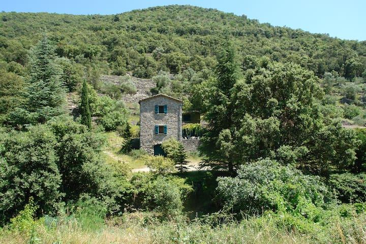 Maison avec Piscine en Cévennes - Anduze