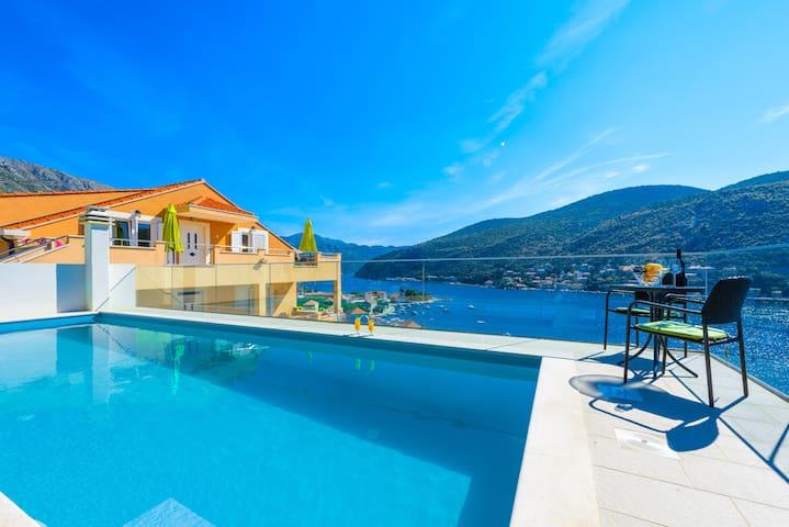 New apartment with pool - Mokošica