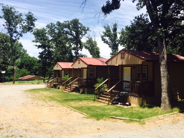 Angler's Hideaway Cabins on Lake Texoma Cabin 5 - Mead