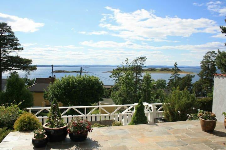 Fantastic view of Oslofjord - Rygge - Huis