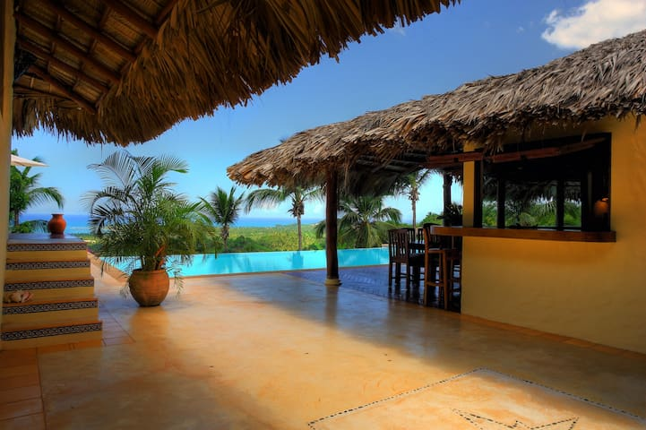 Large Caribbean Villa w/stunning view on the ocean - Лас-Терренас - Вилла