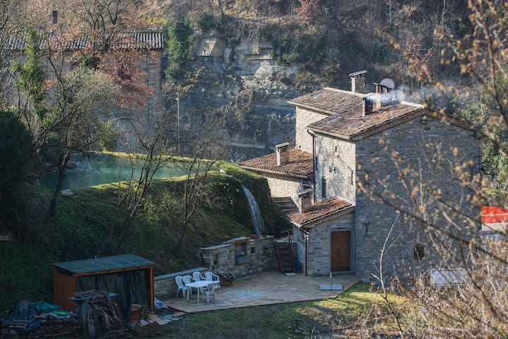 Medieval Watermill of Renzetti - CAMPO Apartment - San Giustino - Appartement