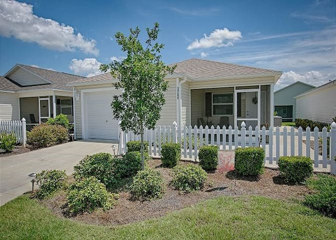 2br villa w/cart & grill at Brownwood - The Villages