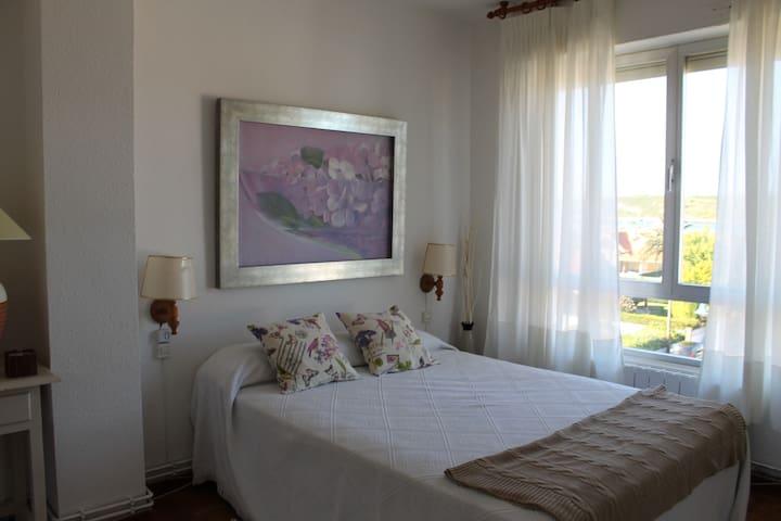 Piso con vistas al mar en la Ribera - Suances - Leilighet