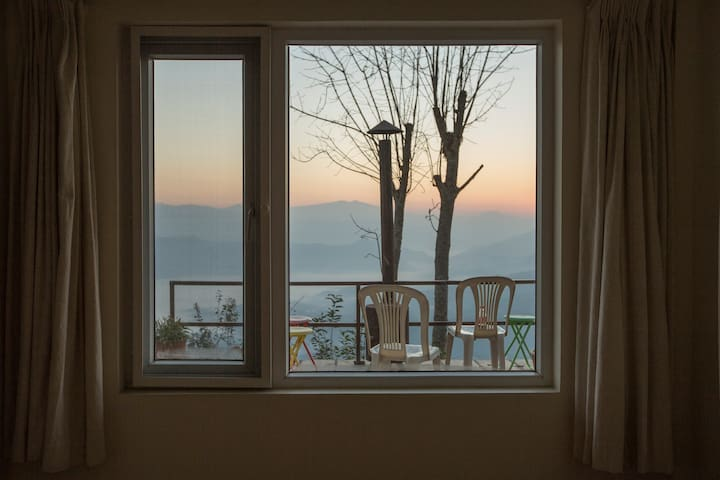 Tucked-Away Luxurious Home with mountains and calm - Dhulikhel - 獨棟