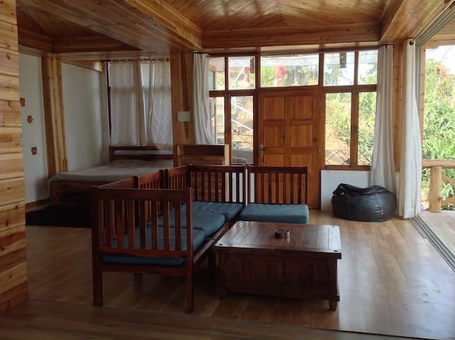 Serene Studio @ Birdsong Home, Mirik - Mirik - Appartamento