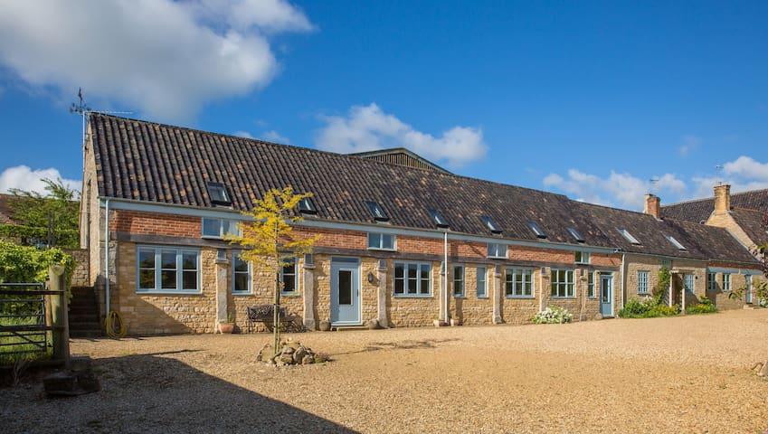 Piper House - rural comfort & space - Stamford - Huis