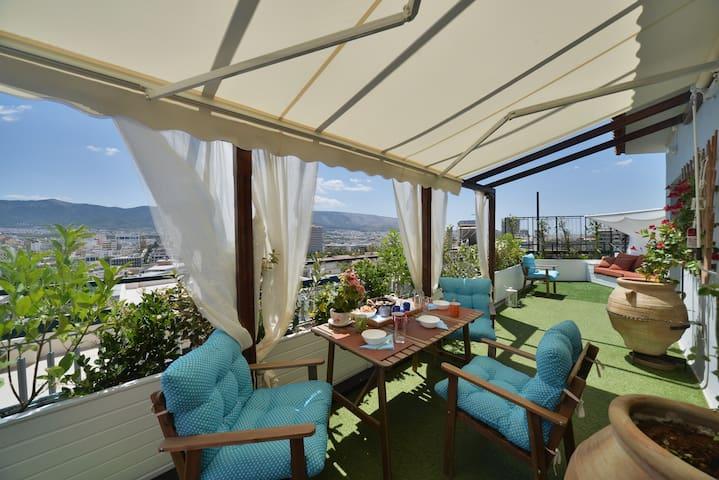 Diamond Penthouse + Roofgarden with View - Athina - Apartemen