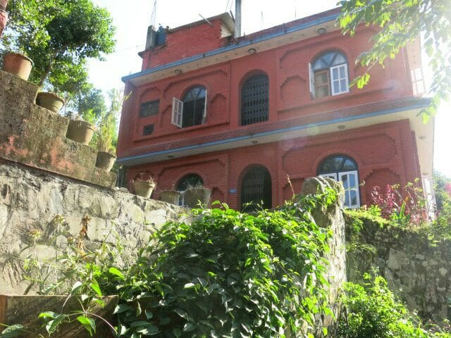 Innate Pension - Dhulikhel - Double - Dhulikhel - 家庭式旅館