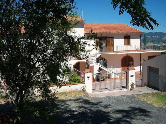 Villa Saracino Apartment 1 - Rosignano Marittimo