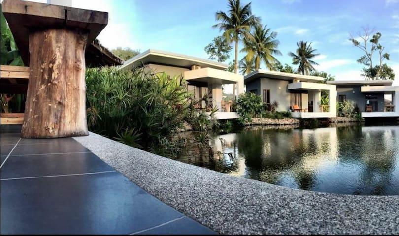 Centrally Located Pond-Side Bungalow - Ko Samui