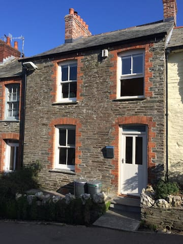 Fernleigh - The perfect Holiday Home from Home - Boscastle - Huis