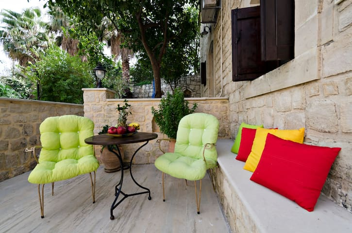 S1 웃유Couple's Getaway*Kitchen*WiFi*Parking - Skouloufia Rethymno Crete - Townhouse