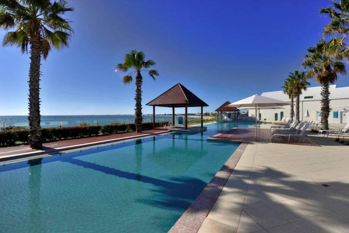 Ocean Marina Resort Apartment - Mandurah - Pis