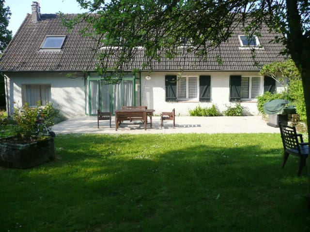 Villa Serena - Gourfaleur - Hus