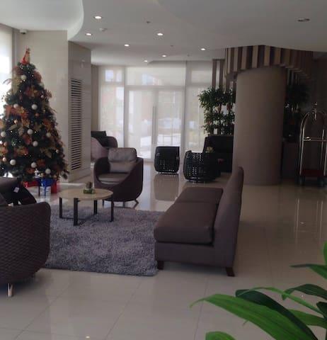 Cheap Condo for Short/long stays with 24/7security - Manila - Apto. en complejo residencial