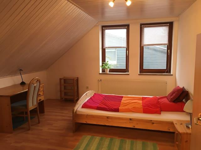 Gemütliche Wohnung für bis zu 5 Gäste in Wahnbek - Rastede - Apartament