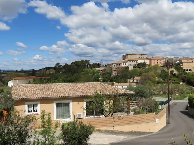 Villa au calme entre mer & montagne - Puimisson - Casa