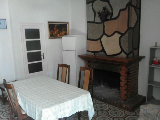 Casa en Calles. Village house in Calles - Calles - Haus