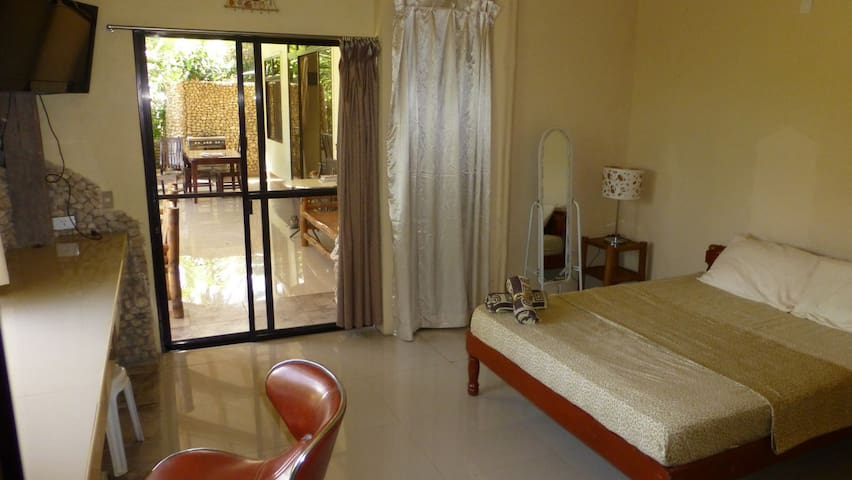 Spectacular Serenity - Private HotHammock Serviced - Catmon - Boutique hotel