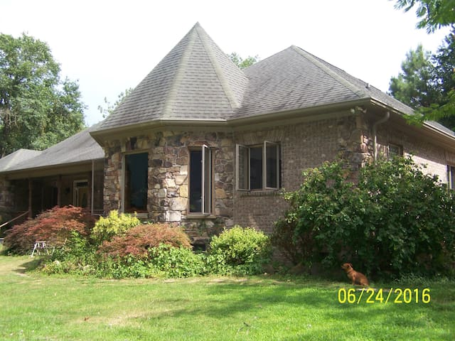 Quite room in the country, NE Columbia, SC (Elgin) - Elgin - Hus