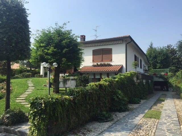 Просторный дом в Традате - Tradate