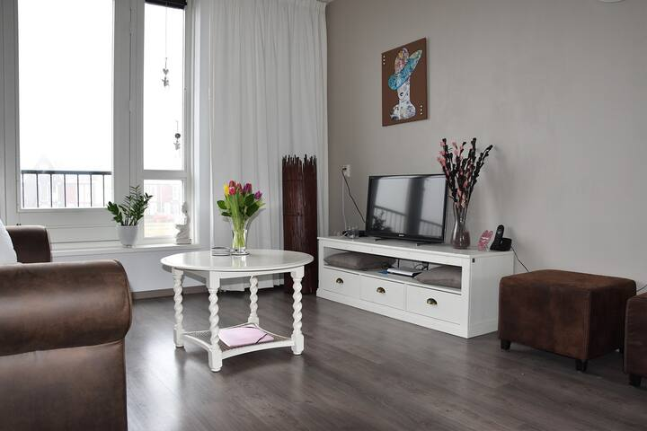 Groot en comfortabel appartement vlakbij Hoorn - Zwaag - Apartamento
