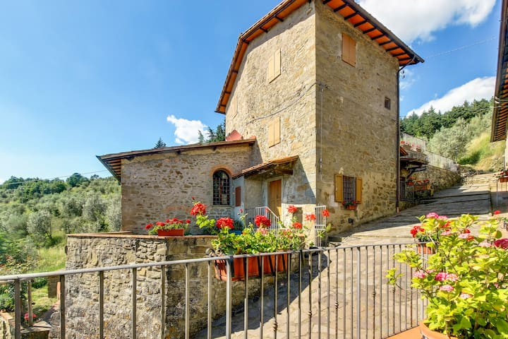 La Torre of Tuscany 3BR 2BA shared POOL - Reggello - Leilighet