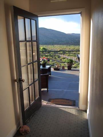 Sunny corner retreat: The Clarkdale Lodge 208 - Clarkdale - Departamento