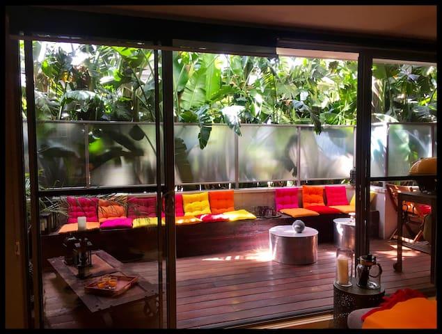 Stylish beachside apartment in premium location - Sandringham - アパート