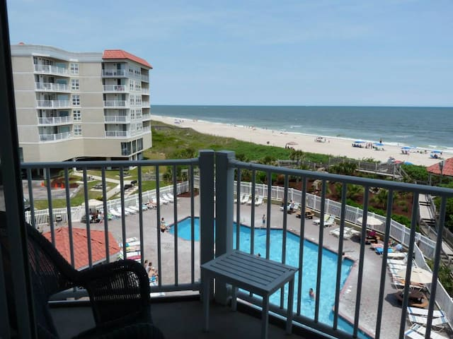 Ocean Front Beauty on North Topsail Island! - North Topsail Beach - Condo